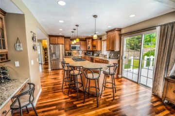 Tips To Choose The Best Product: Should We Use White Light Or Yellow Light In Kitchen